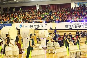 개막식 전 행사_고양예술고등학교 학생들의 타악공연